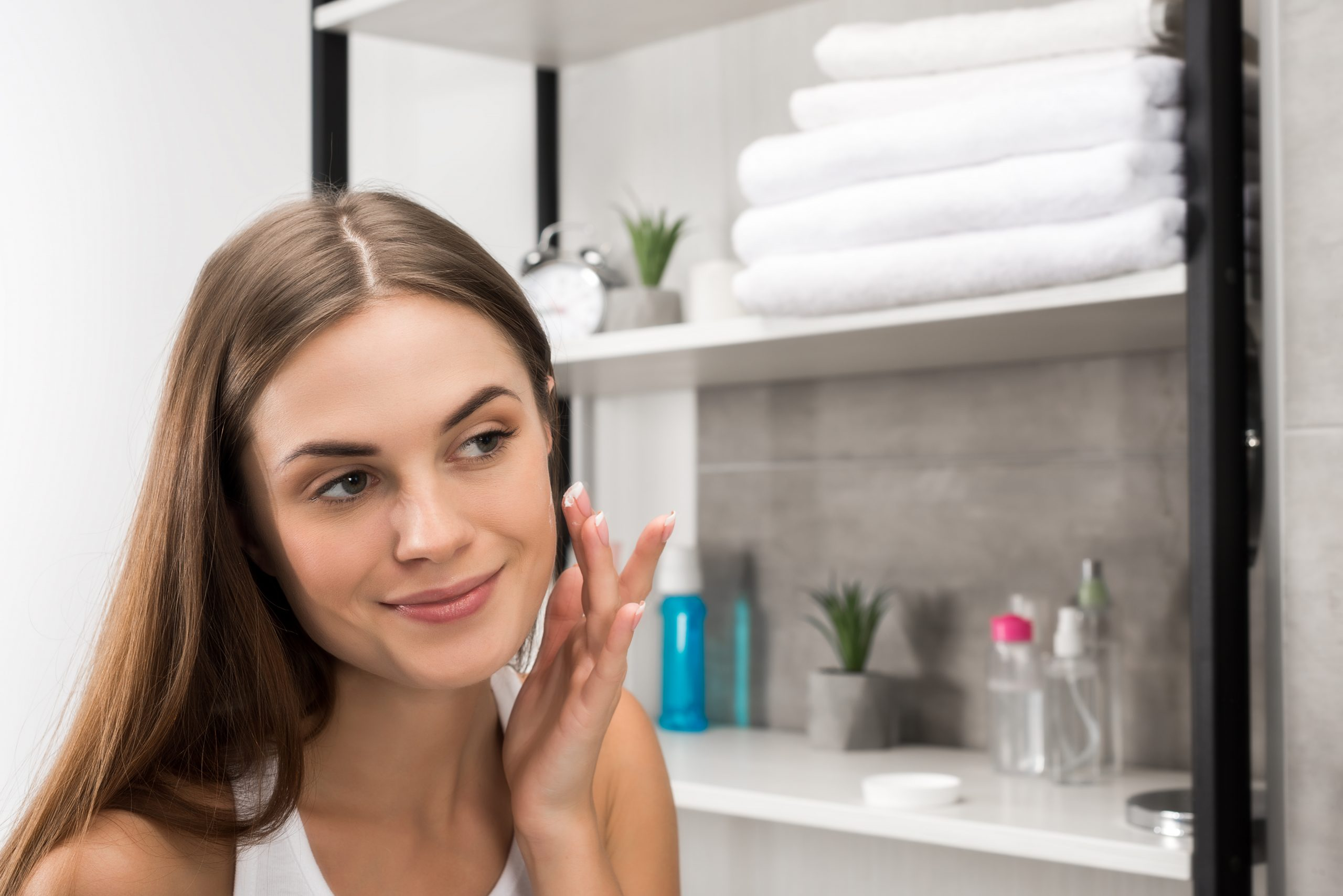 What Is Dermaplaning and Should You Try it?